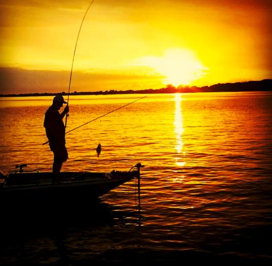2017 calendar contest ends end of august for Free fishing samples 2017