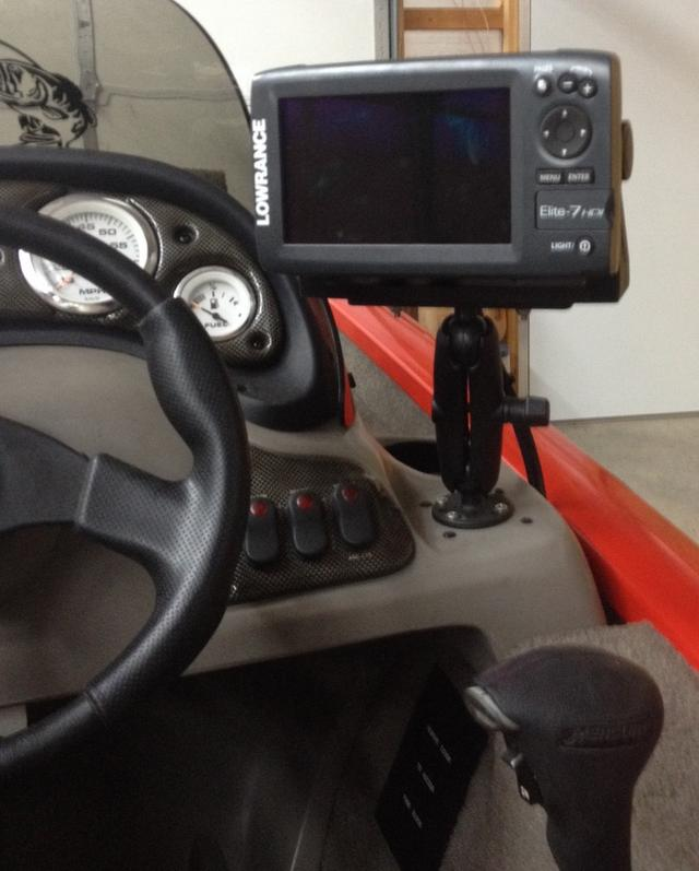 mounting fish finder, Fish Finder