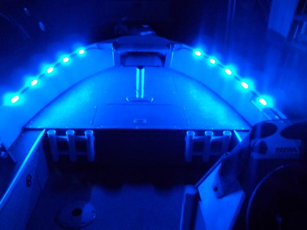 I 39 m looking for night time fishing lights to mount on my boat for Fishing boat lights