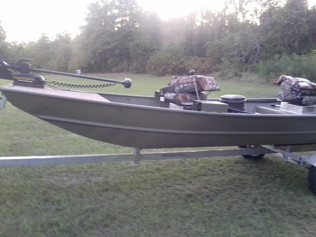 Long lining spider rigging with jon boat for Crappie fishing boats