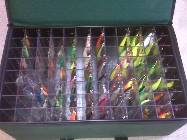 """72  2/"""" CRAPPIE FLOPPER  in tackle box crappie lure kit"""