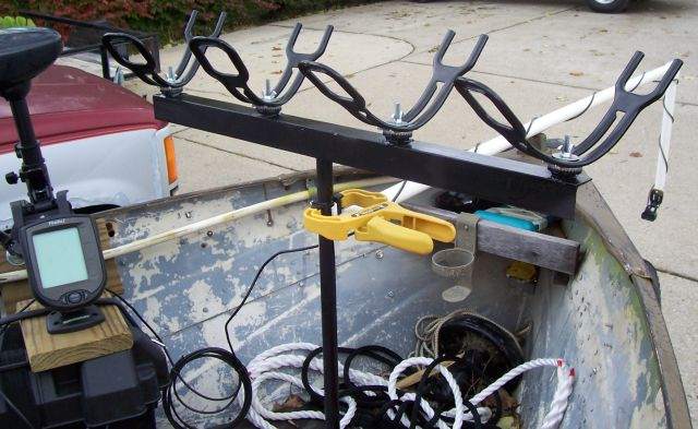 Homemade spider rig rod holder for Homemade fishing rod holders