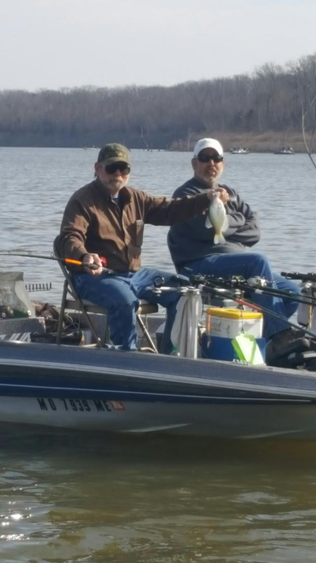 Great morning on truman for Crappie fishing in missouri