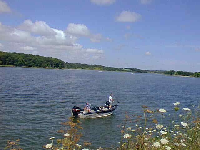 Lake thunderhead for Crappie fishing lake of the ozarks